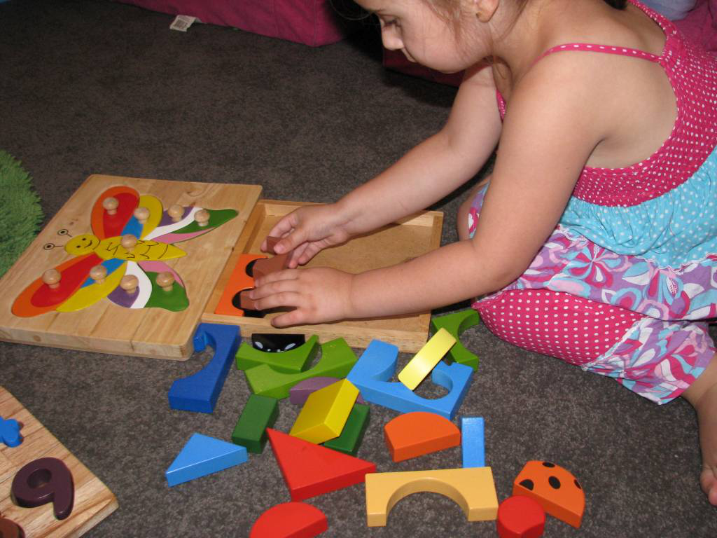 Parents Must Know--Educational Toys Benifit for Kids?